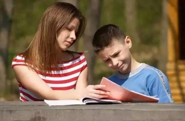 小孩读书怎么读不懂