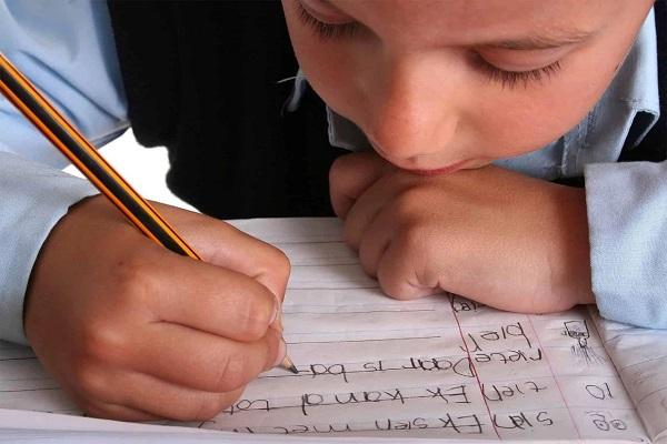读写障碍的孩子怎么教育