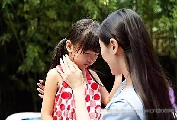 女孩上课<a href=/zhuyili/ target=_blank class=infotextkey>注意力不集中怎么办</a>